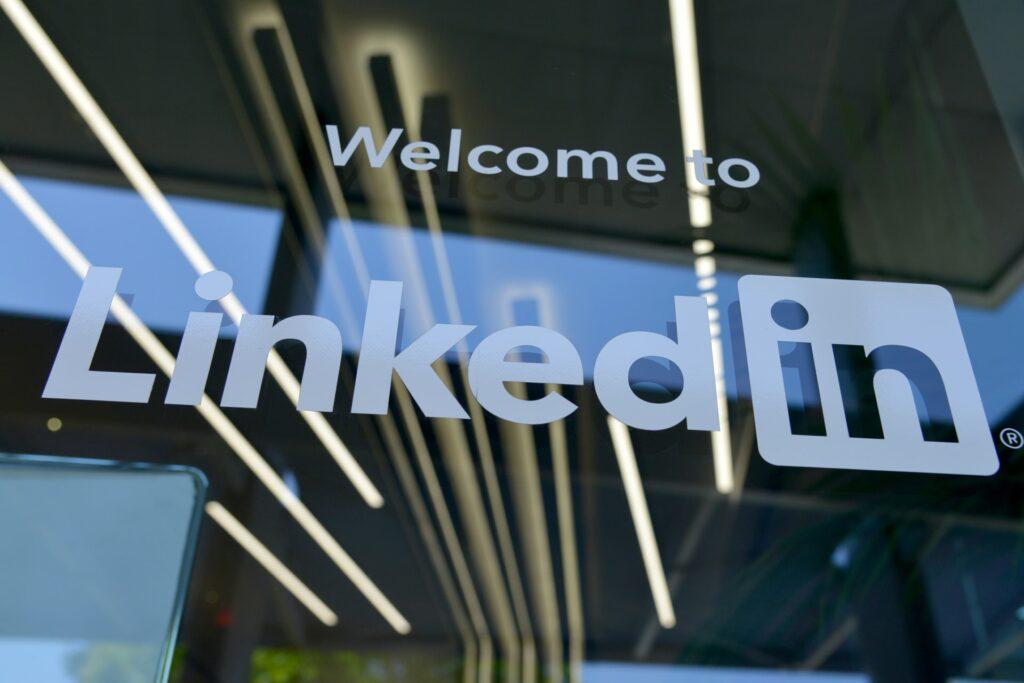 LinkedIn; profil linkedin ; konto linkedin ; e-wizerunek